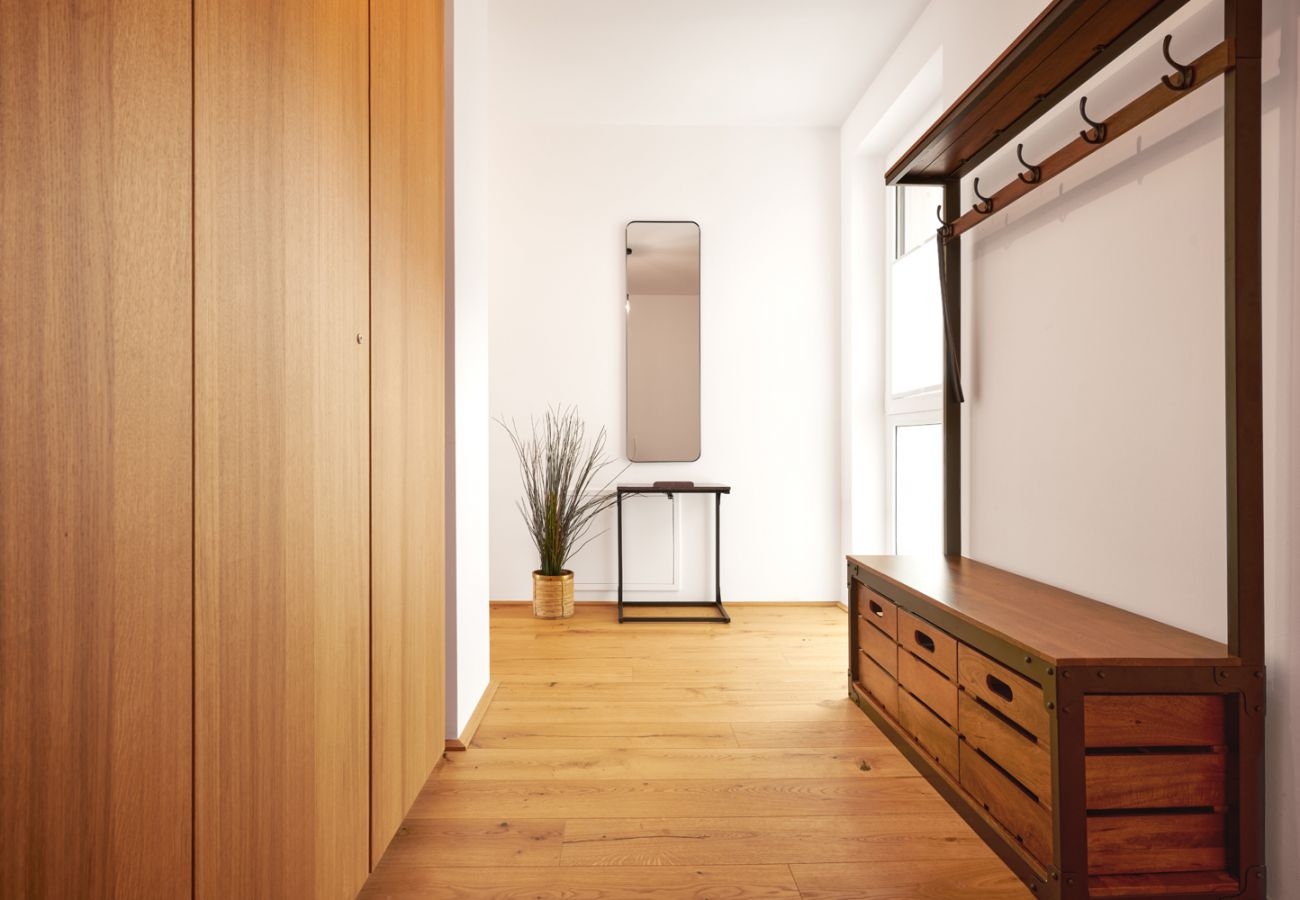 Garderobe in the holiday home flat Adler Lodge D5 in Tauplitz
