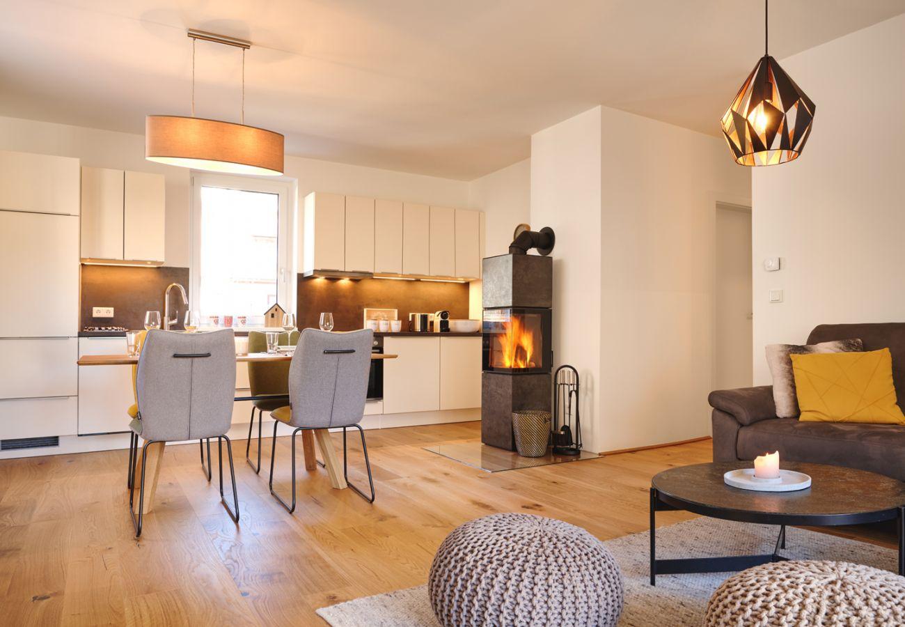 Wohnküche in der Ferienwohnung Alm Lodge A5 in Tauplitz