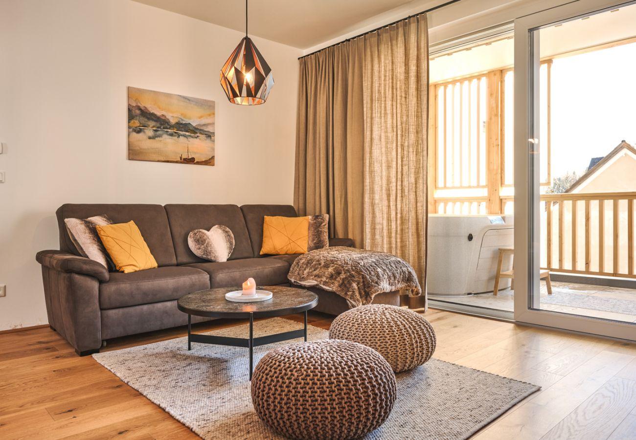 Wohnzimmer in der Ferienwohnung Alm Lodge A5 in Tauplitz
